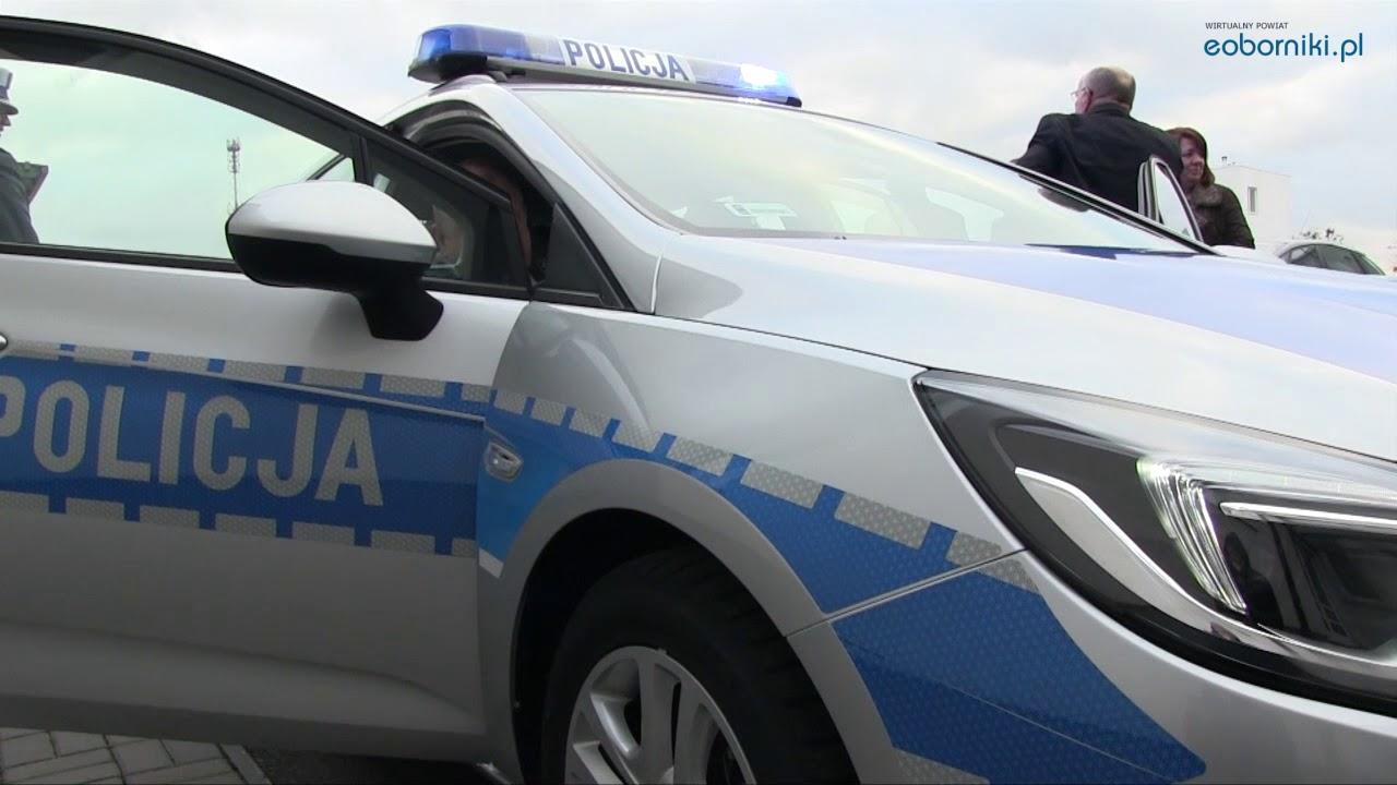 Powiat Obornicki przekazał policjantom nowy radiowóz 30 01 2018