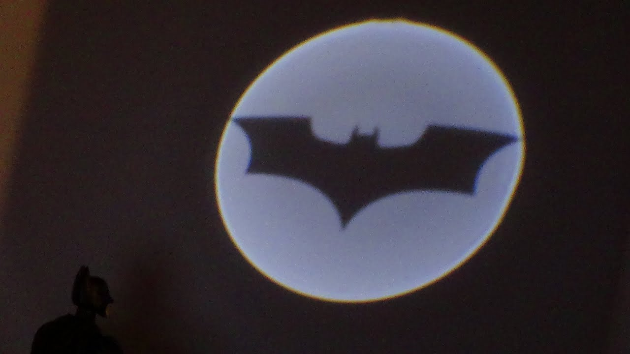 The Dark Knight Rises Bat Signal Projector Movie Masters Collect And