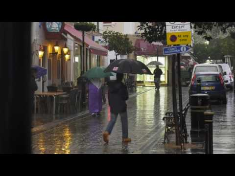 Met Office talks about Gibraltar's weekend rain