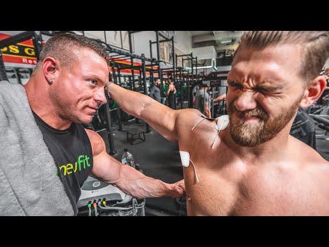 IFBB Pro Brad Rowe Foltert Mich Im Gold's Gym
