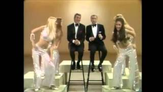 """Dean Martin & Frank Sinatra with the """"DingALings"""" - New Year´s Eve 1970 Clip4"""