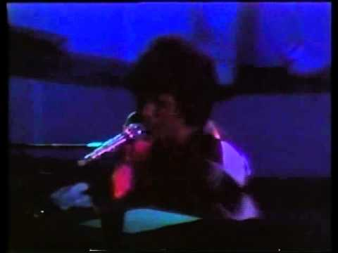 Queen-Im In Love With My Car-Get Down Make Love Live In Houston 1977