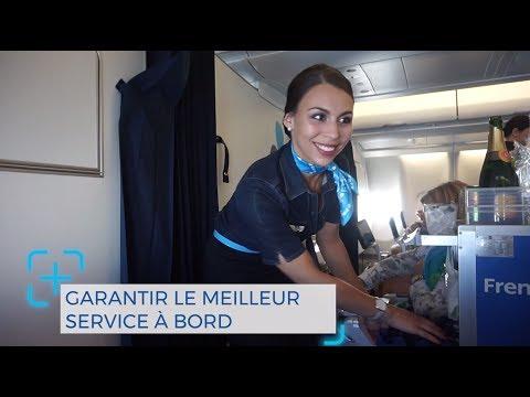 French blue - Le personnel de bord avec Carole votre blue reporter - Episode 3