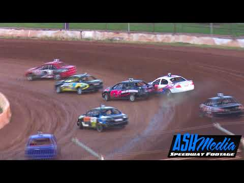 Production Sedans: Harbour City Hustle - Race Highlights (Night 1) - Valvoline Raceway - Mar 2018