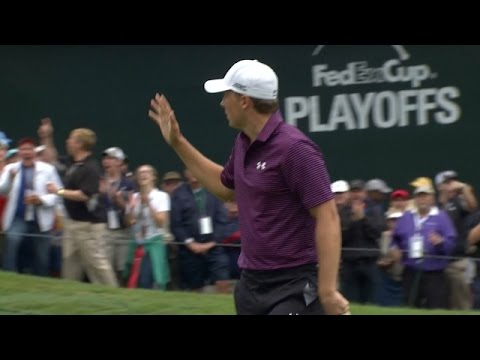 Jordan Spieth finishes strong with a birdie at the TOUR Championship