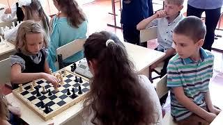 С 1-м сентября! Открытый шахматный урок, посвященный Дню Знаний! :)