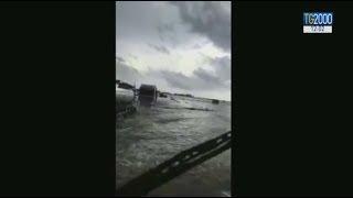 Maltempo. Allagamenti, strade interrotte e crolli in Sardegna. Una vittima nel Cagliaritano