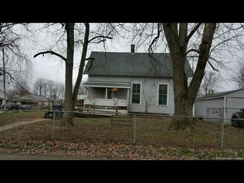 624 Noble St SEYMOUR, Indiana 47274 MLS# 201508471