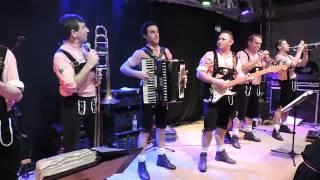 Apanhei da Frida - Orquestra La Montanara de Teutônia