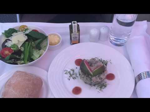 Emirates Airline A380 Business Class LGW-DXB طيران الإمارات درجة رجال الاعمال