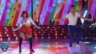 Ángela Torres no se achicó en la Cumbia Pop y se quedó con un alto puntaje YouTube Videos