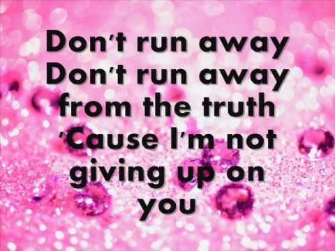 Tyler James Williams ft. IM5 - Don't Run Away, Lyrics