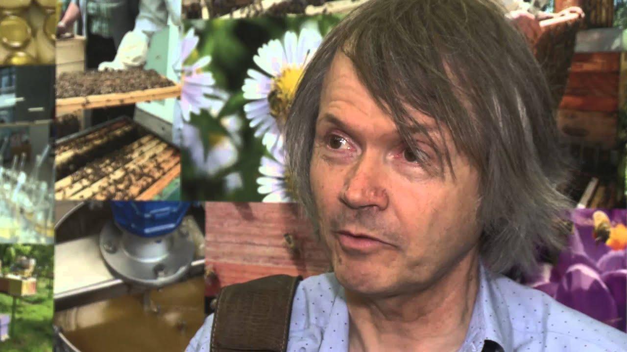 Salon du miel mirwart saint hubert en juin 2015 youtube for Salon apiculture
