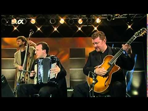 Martin Taylor  '' djangology ''  Django Reinhardt  guitar Gipsy jazz manouche