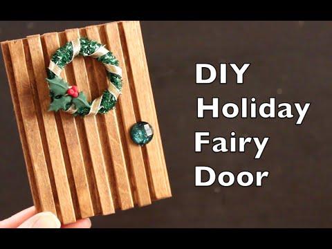 Diy holiday craft idea christmas fairy door tutorial for Diy fairy house door