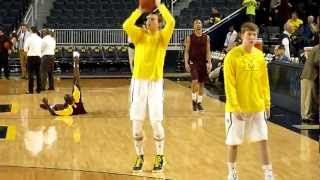 Michigan's Nik Stauskas shooting around in warmups