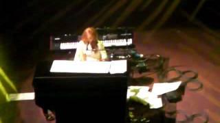 "Tori Amos, ""Fearlessness"" live at Royal Albert Hall"