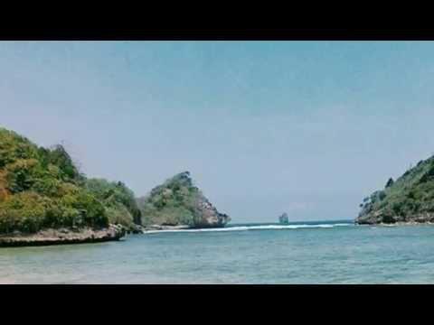gatra-beach,-malang-east-java-indonesia-|-pantai-gatra,-malang-indonesia