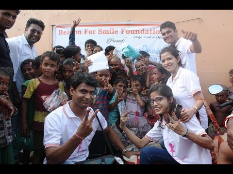 Reason For Smile: Event#1 - Clothes Distribution in Nathupur Slum Area, Gurgaon, 30 07 2017 Part 1