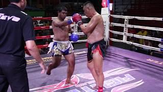 Yodnapa TigerMuayThai (age 43) vs Santichai Sor.Sakchai (age 20)