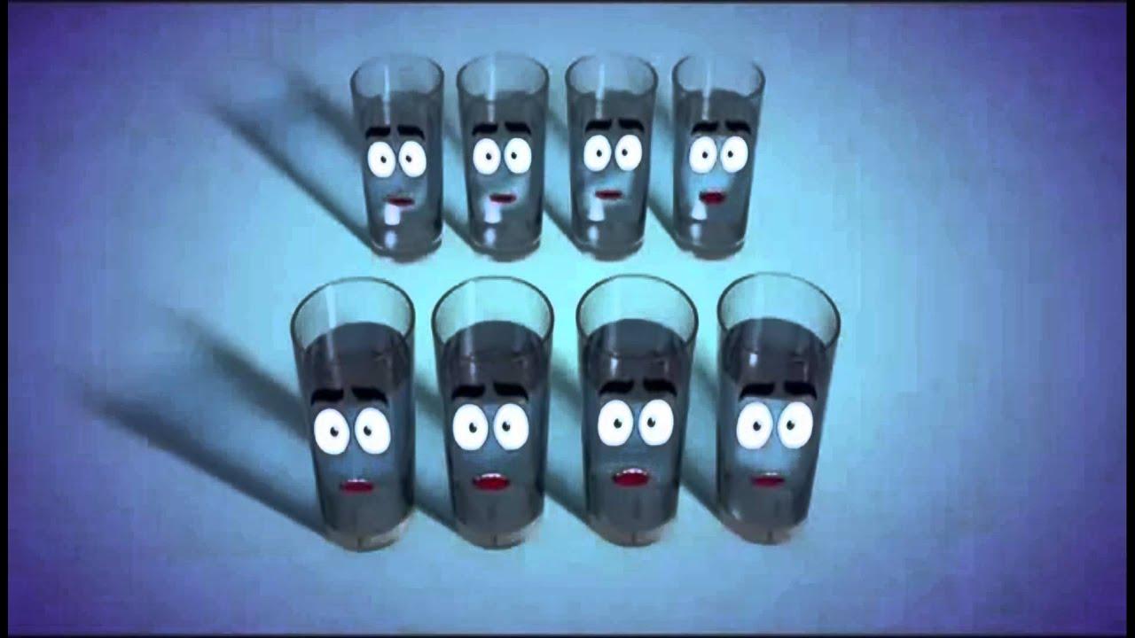Importancia de tomar 8 vasos de agua al d a youtube for Toma de agua