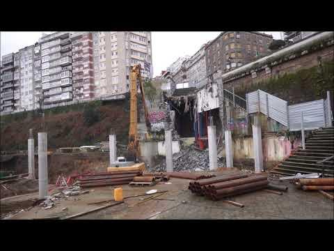 Comienza la demolición de las escaleras ente la estación de urzaiz y Via Norte