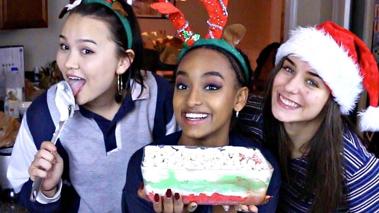 MAKING CHRISTMAS LASAGNA WITH MY HO HO HOES - YouTube