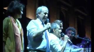 Roberto Vecchioni canta per Pisapia Sindaco