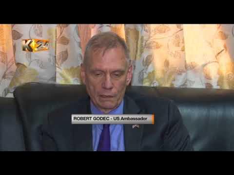 Ken Lusaka meets US Ambassador Robert Godec