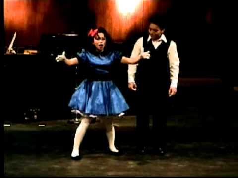 Ivette Flores sings Aria de la Muñeca - Cuentos de...