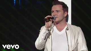 Westlife - Flying Without Wings (Live At Wembley '06) Listen On Spo...