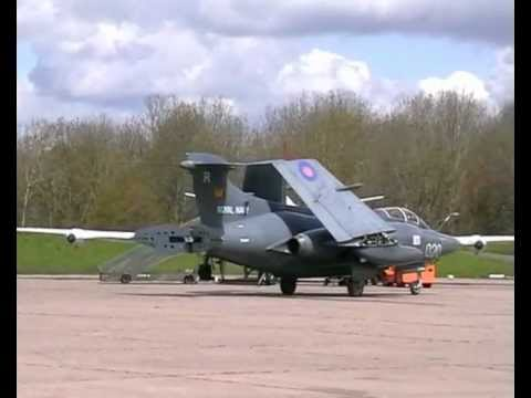 Cold War Jets May 2012 Bruntingthorpe ( full show)