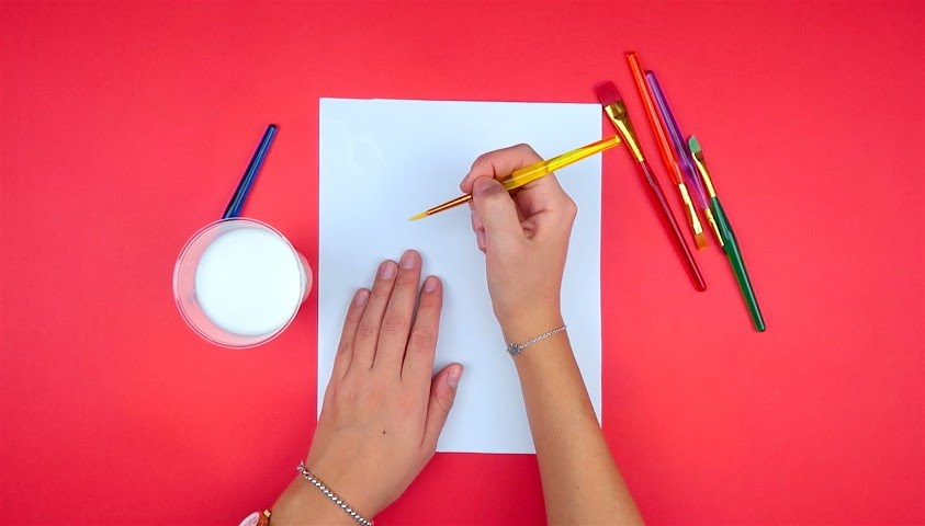 Disegno Bagno Per Bambini : Pittura magica: ecco come disegnare con il latte youtube