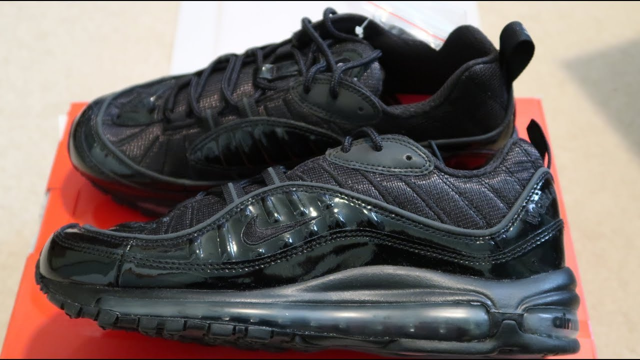 best service d17cc 8bac3 Supreme x Nike Air Max 98 'Black' Sneaker Unboxing