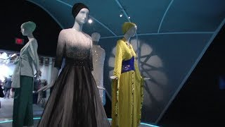 San Francisco's De Young Museum reveals Muslim fashion exhibit