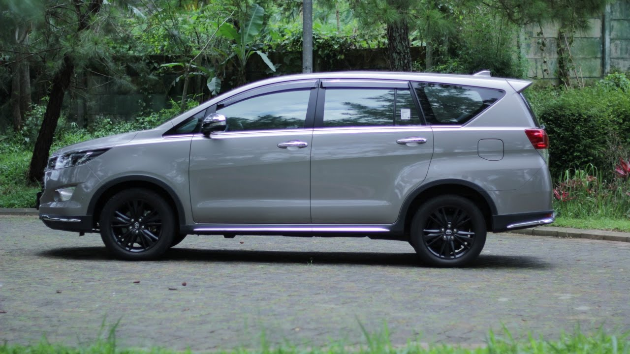 Spesifikasi New Innova Venturer All Kijang 2016 Interior Dan Eksterior Intipmobil By Rajamobil Com