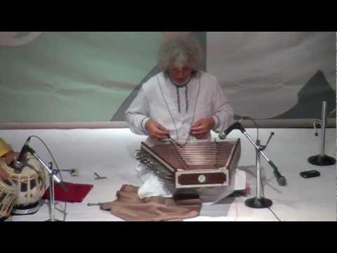 2. Raag Jhinjhoti - Pt. Shiv Kumar Sharma