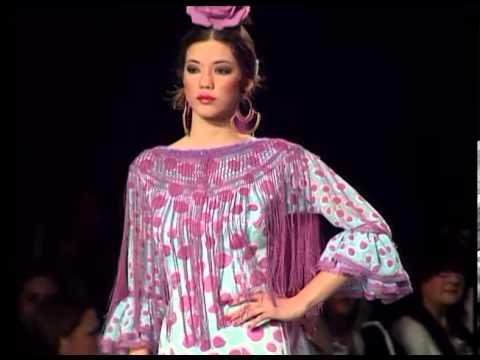 SIMOF 2014 Desfile moda flamenca Lina Sevilla - Colección La Gata Rosa
