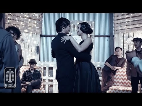 D'MASIV - Tak Punya Nyali (Official Music Video)