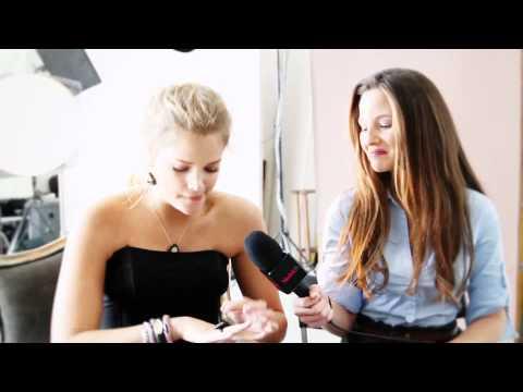 ModelsTV  Miller's Jewelry  Esti Ginzburg