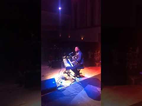 Pasteur Moise Mbiye en concert a Montréal 2017-PART2