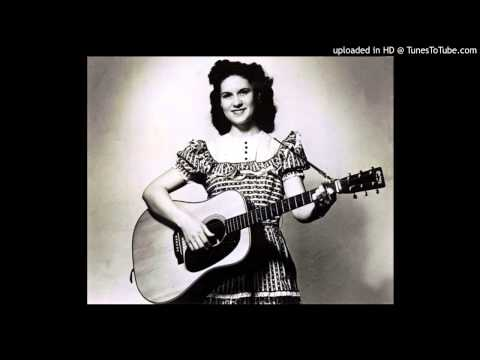 Kitty Wells - This White Circle