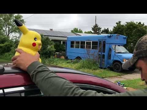 Blue Bus Dave's yard sale pickups (retro video games and vintage toys) for $30