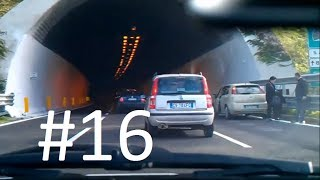 Driving in Italy #16 _bad drivers Napoli
