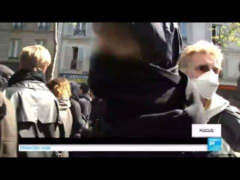 """En immersion avec un groupe de """"casseurs"""" lors des manifestations à Paris - FRANCE"""