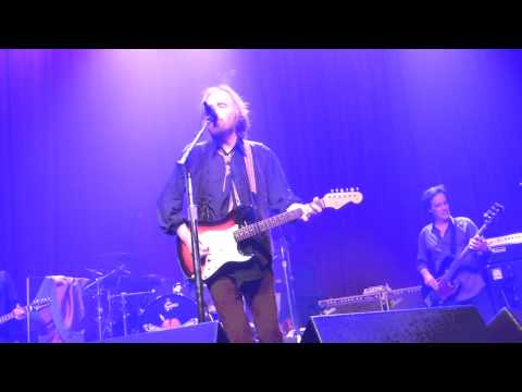 Tom Petty - Willin' LIVE HD (2013) Hollywood Fonda Theatre