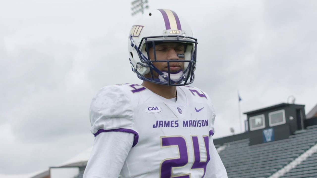 301e0d8a2 Cinematic Hype - JMU Football Beats Villanova - YouTube