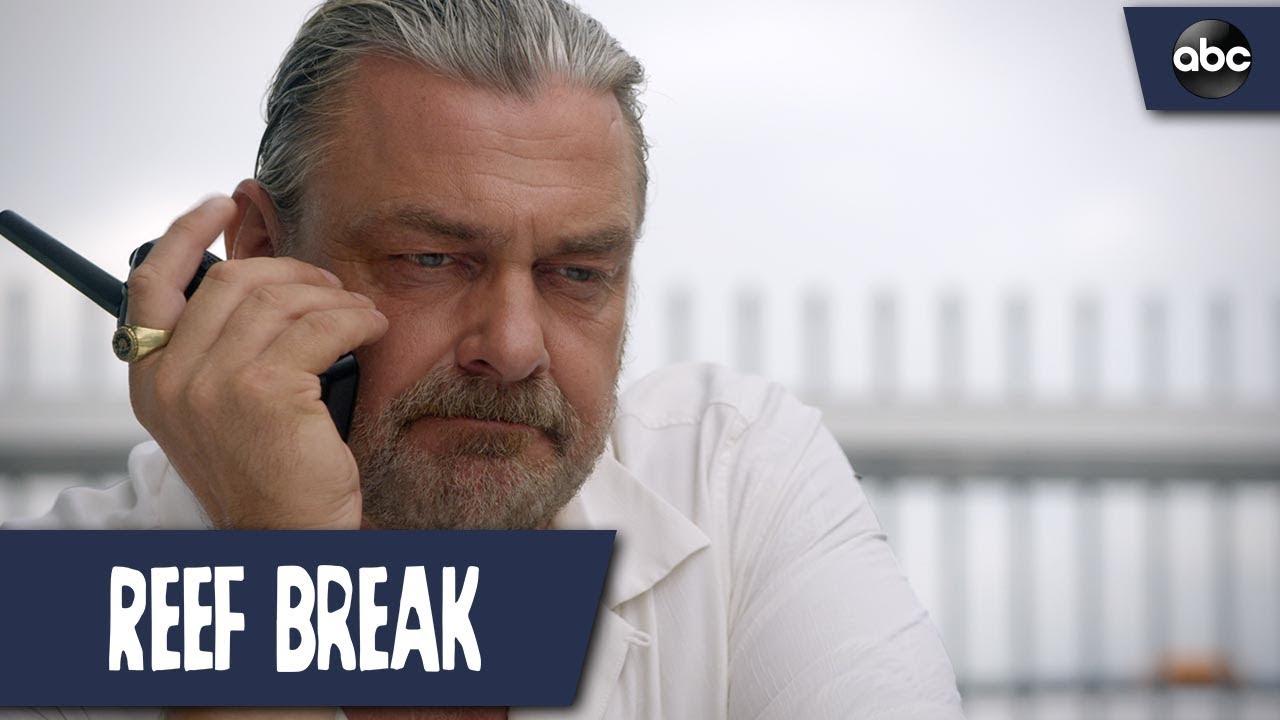 Download Criminals Hijack A Plane - Reef Break