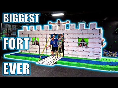 INSANE CARDBOARD MANSION FORT**IN WORLD'S LARGEST TRAMPOLINE PARK**