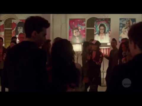 Cosima dancing in episode 5x08 of Orphan Black